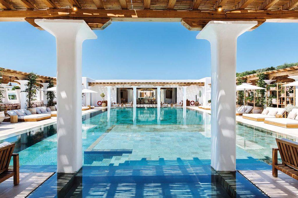 Sabina Ibiza Clubhouse Boat International